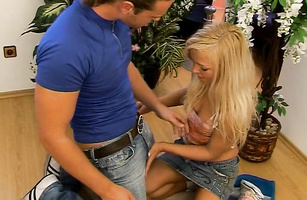 Glamor golden-haired Sammy A is about to get fucked just 'cuz she is excited
