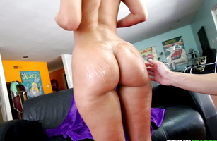 Brunette Jada Stevens sucks and then fucks her hung talented bf